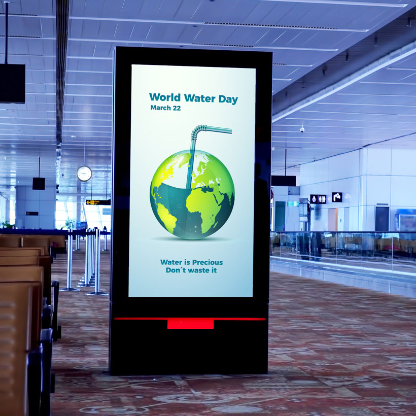 digital signage airport